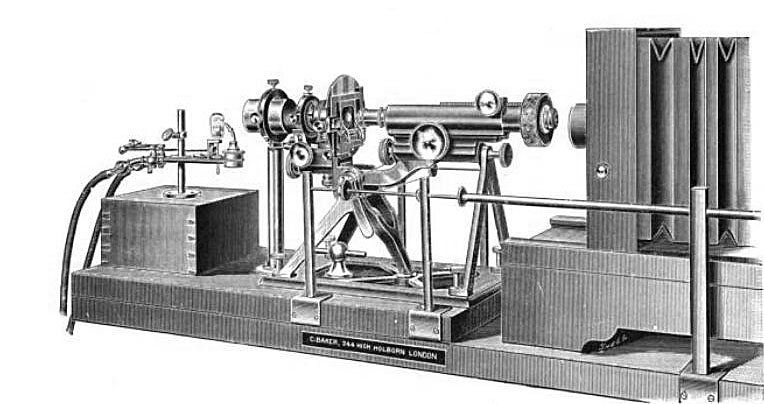 Baker microscope setup for photomicrography.jpg
