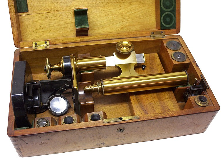 C. Kellner in Wetzlar, Belthle & Rexroth, No. 451, c. 1861. Stored in the wood case.