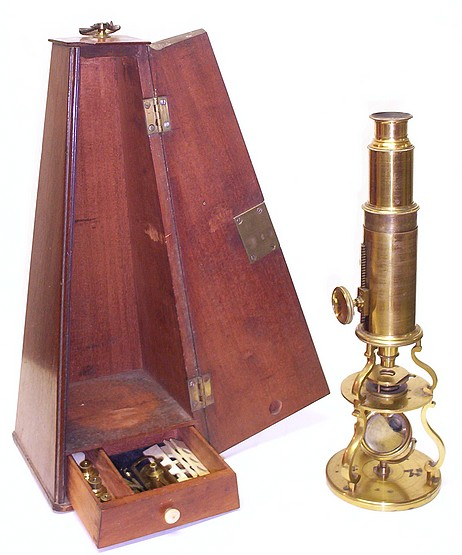 Small Culpeper style microscope with rack and pinion focusing