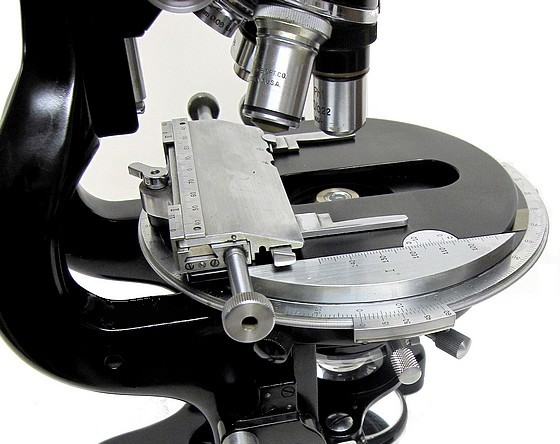 bausch and Lomb DDE Microscope for Research and Photomicrography