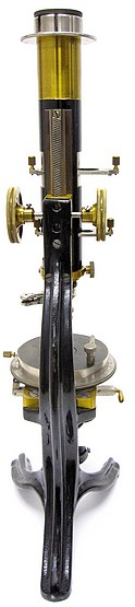 R. Fuess Steglitz-Berlin, # 1414. Smaller petrological microscope model Va c.1908