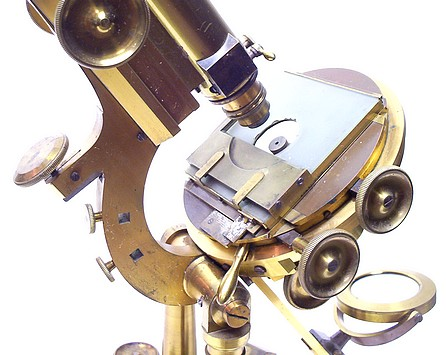 j. & w. grunow, #594 - binocular microscope, stage details