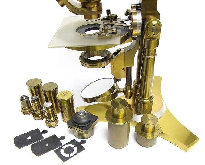 microscope and accessries