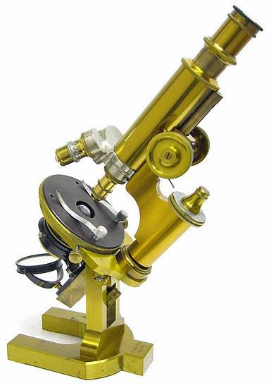 F. Koristka, Milano #6827. Large Continental Microscope c. 1900 (Microscopio Grande Modello IIa)