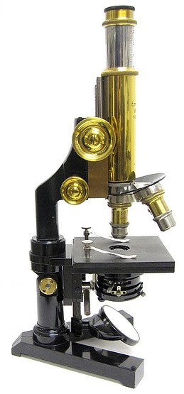 photos leitz travelling microscope