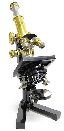 """Ernst Leitz, Wetzlar; serial # 196553. Leitz Large Travelling Microscope """"DT"""", c. 1920"""