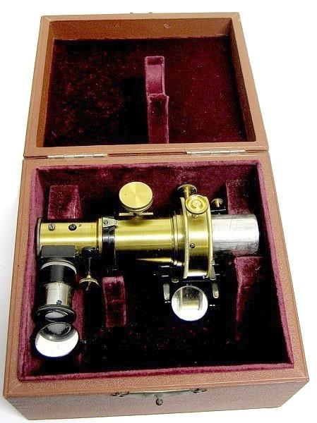 E. Leitz Wetzlar, microspectroscope, c. 1900. In case