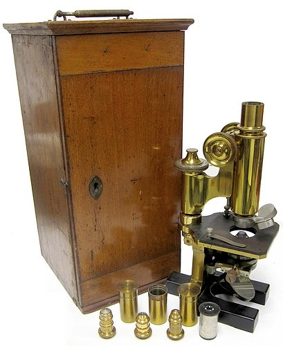 Paul Waechter, Berlin #12416. Large model No. 1b for bacteriological investigations. c. 1888. The microscope of Dr. Julius Townsend Rose MD (1869-1950). With case.