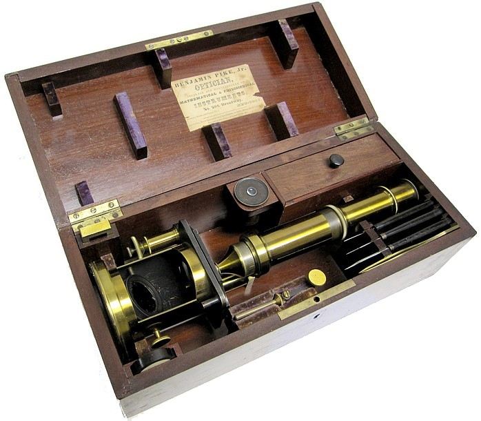 French Drum Microscope with stage fine focus, c. 1849 (Nachet type)