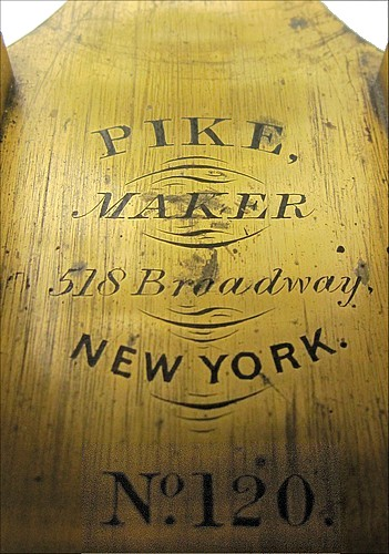 Pike Maker, 518 Broadway New York, No. 120. Large microscope with Lister-limb made by Daniel Pike. 1871. Signature