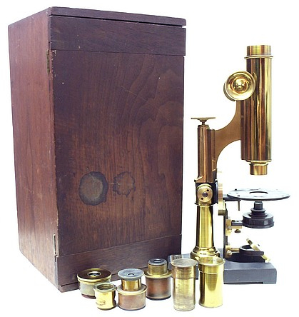 Sidle Poalk microscope with case and accessories