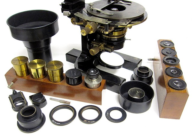 carl zeiss, jena no. 32540. stand 1c for photomicrography and projection. berger's new model with jug handle. accessories