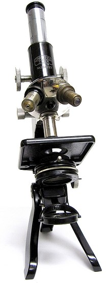 Carl Zeiss, Jena, No. 204027. The Travelling Microscope. c.1929