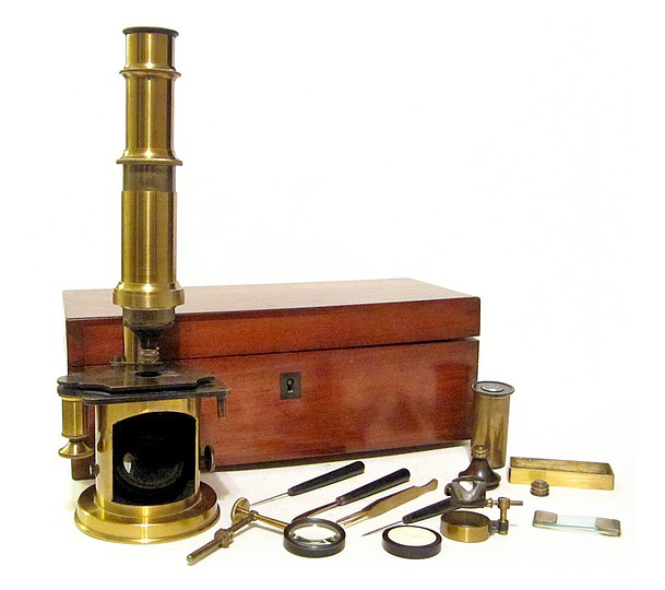French Drum Microscope with stage fine focus, c. 1850 showing the accessories