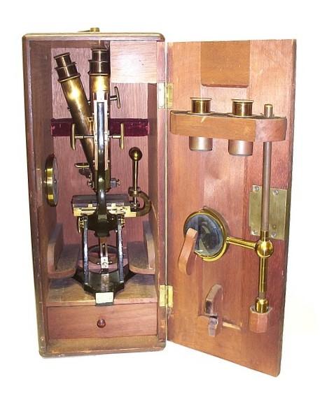 J. & W. Grunow, New York #499 - Binocular microscope in case