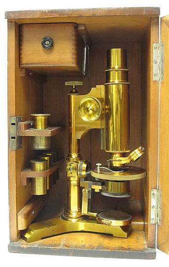 B&L investigator microscope 6818 stored  in the case