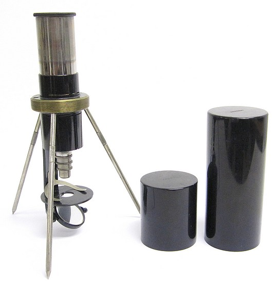 "Field or Pocket Microscope marked ""Junior"", c. 1925. Made by Spindler & Hoyer, G�ttingen"