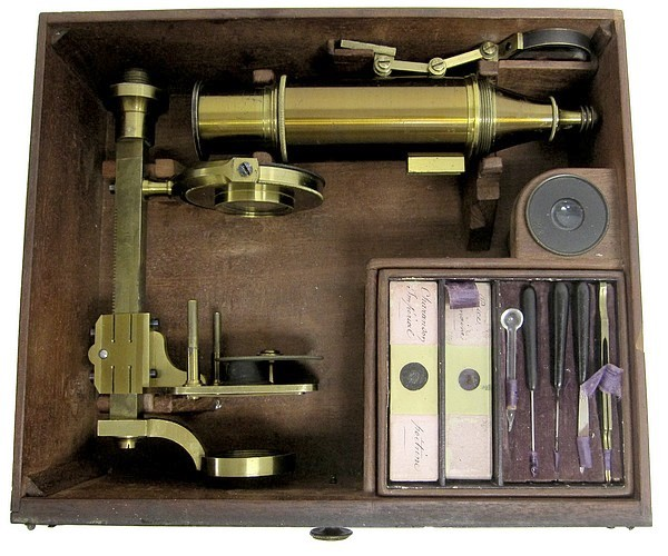 Made for McAllister & Co., Philadelphia. Imported larger case-mounted French microscope, c.1844. Attributed to the Parisian optician Buron. Stored in the case.