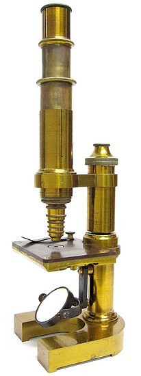 Monocular microscope: E. Leitz Wetzlar, No.2860. Mittleres mikroskop - Stativ IIIa, c. 1878