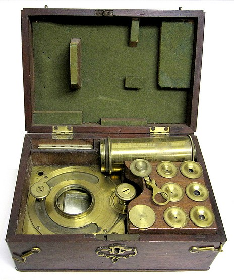 Solar microscope with screw barrel, c. 1780
