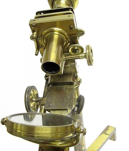 A Most Improved type microscope with advanced features. An early achromatic (and non-achromatic) transitional microscope, c. 1830. Vew of the substage.
