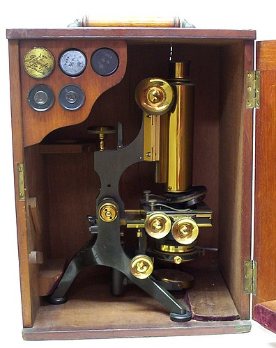 microscope in case